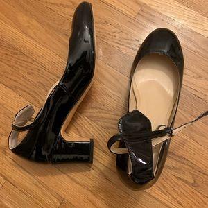Size 13 women's patent ankle strap shoe